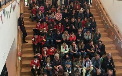 Leidsche Rijn Koor zingt Nederlands bij de opening van bibliotheek LRC